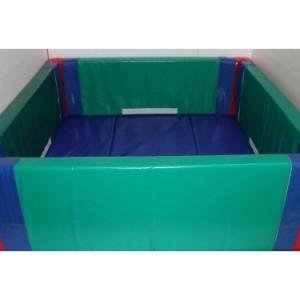 piscina-cu-bile-pentru-copii